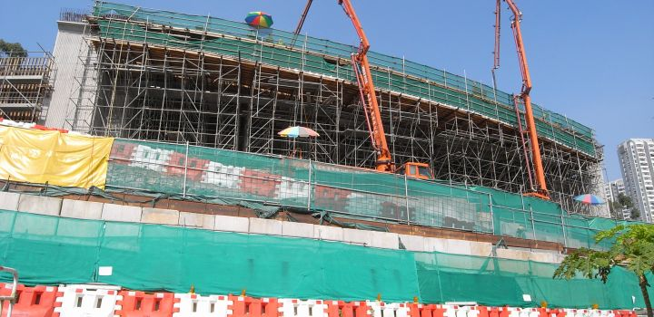 Govt awards HK$14 billion public works December 2012