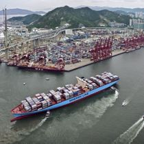 Dredging plan for Kwai Tsing container terminals