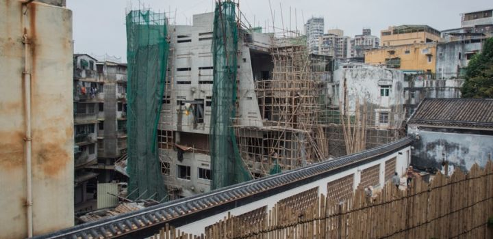 Secretary Lau Si Lo promises all available land for construction of residential buildings