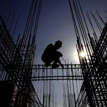 workplace injuries in Singapore's construction sector jump in 2014