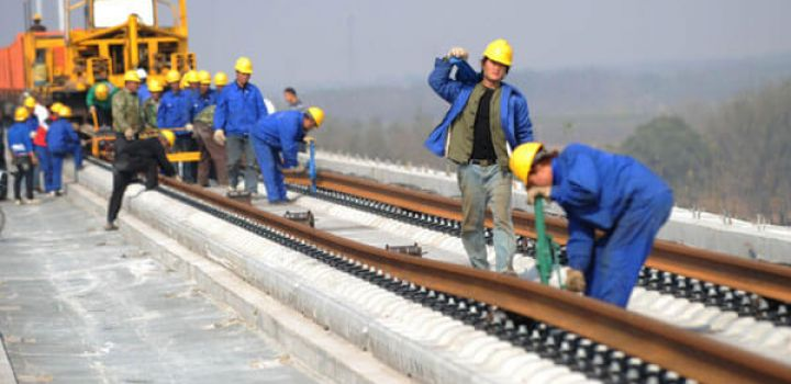 China offers to build 1st high-speed rail link to Russia