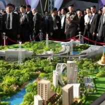 Thailand, China officially launch train project