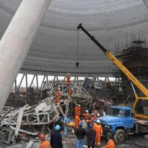 74 construction workers  killed after scaffolding collapse in Jiangxi province
