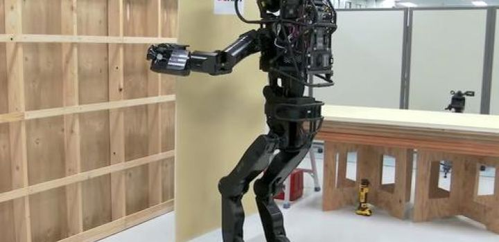 "Meet The ""Heavy Labor"" Humanoid Robot Set To Revolutionize Construction"