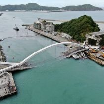 Six feared trapped after bridge collapse in Taiwan