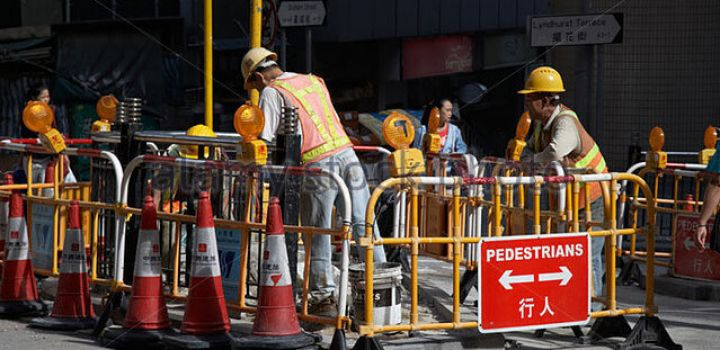 Hong Kong's construction workers to be impacted by salary freeze