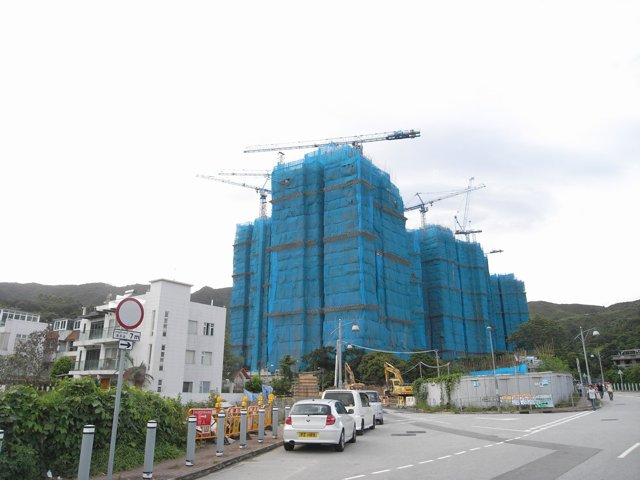 Looking out of place -  Cheung Kong's residential project near Fung Yuen village in a rural area outside of Tai Po, with some tower blocks reaching 28 storeys in height, is due for completion this year   (Danny Chung)