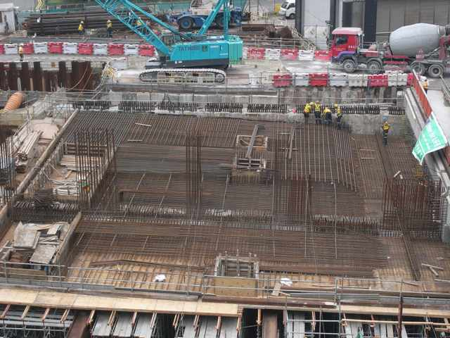 Steel reinforcement fixing for the top slab at the Central-Wan Chai Bypass tunnel at Central   (Danny Chung)