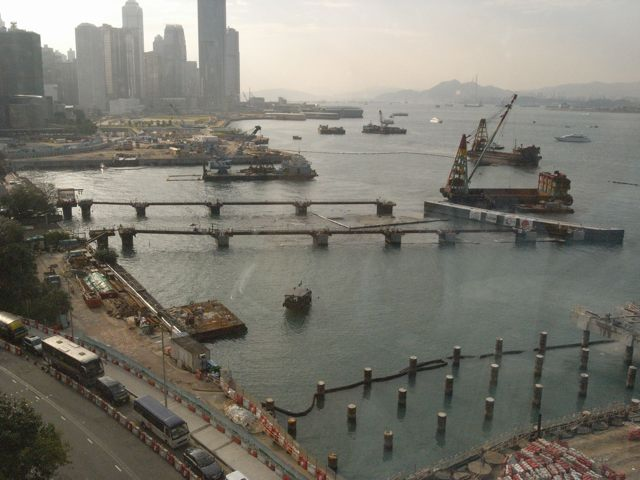 One special contract for the Central - Wan Chai Bypass was the installation of Asia's largest precast unit for the bypass over the MTRC's Tsuen Wan Line carried out by Gammon-Leader Joint Venture in July this year  (Danny Chung)