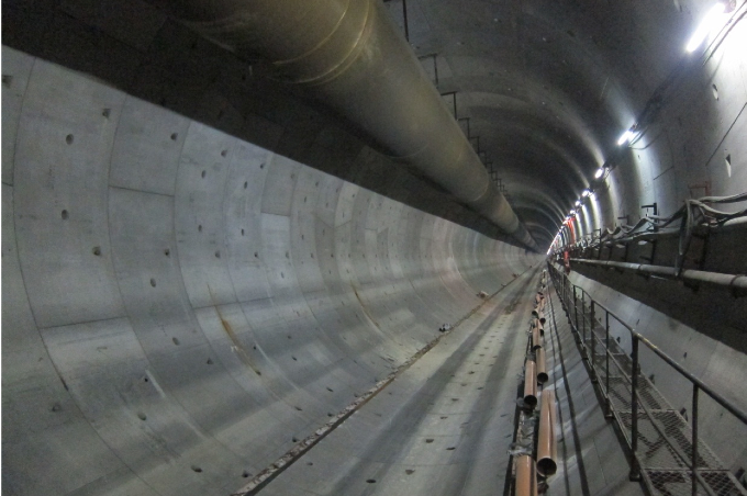 An interior view of the completed Mei Lai Ro ad to Hoi Ting Road tunnel of the XRL project.
